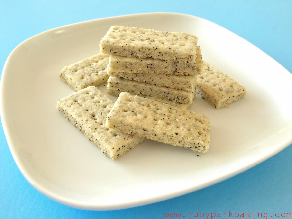 Earl grey shortbread cookies on rubyparkbaking.com
