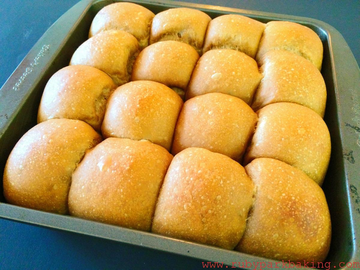 ふわふわ濃厚なコーヒーちぎりパンのレシピ♪ミニサイズで食べやすい!