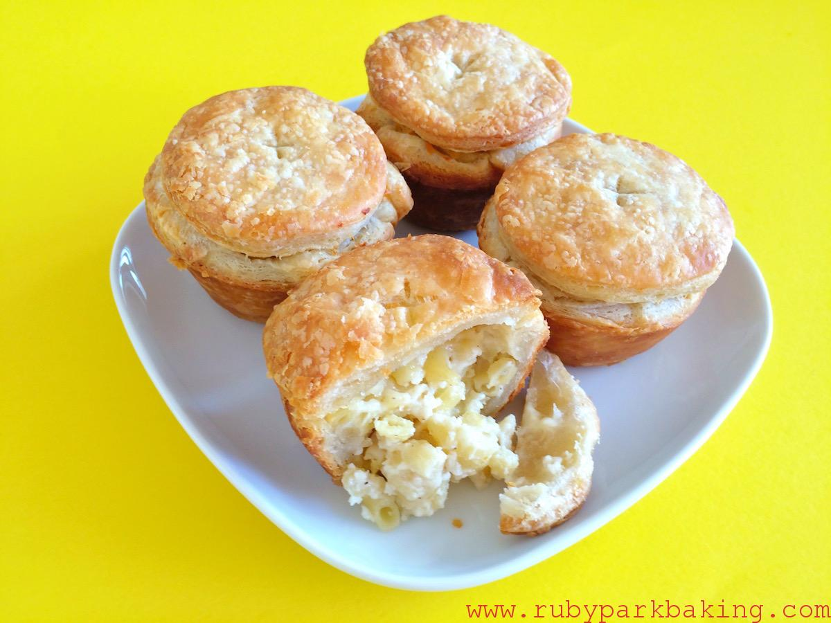 Mac 'n' cheese pies on rubyparkbaking.com