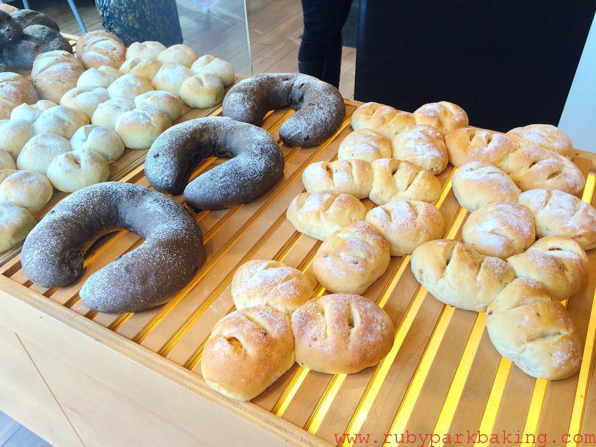 トロントにある日本っぽいおいしいパン屋さん「Bake Code」がおすすめ!
