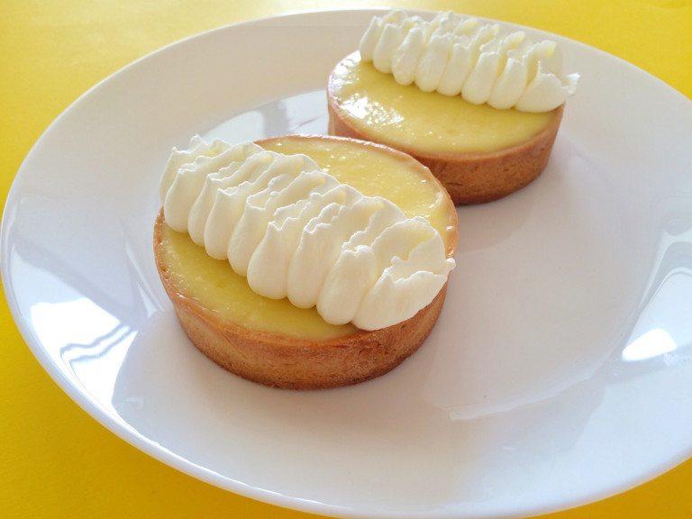 爽やかな酸味がおいしい♡基本のレモンタルトの作り方!